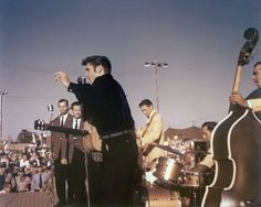 Jordanaires, Elvis, Scotty, D.J. and Bill Mississippi-Alabama Fair and Dairy Show, Tupelo Fairgrounds Sep. 26, 1956 Photo courtesy Steve Bonner   | Scotty Moore Kay Maestro M-1 Bass