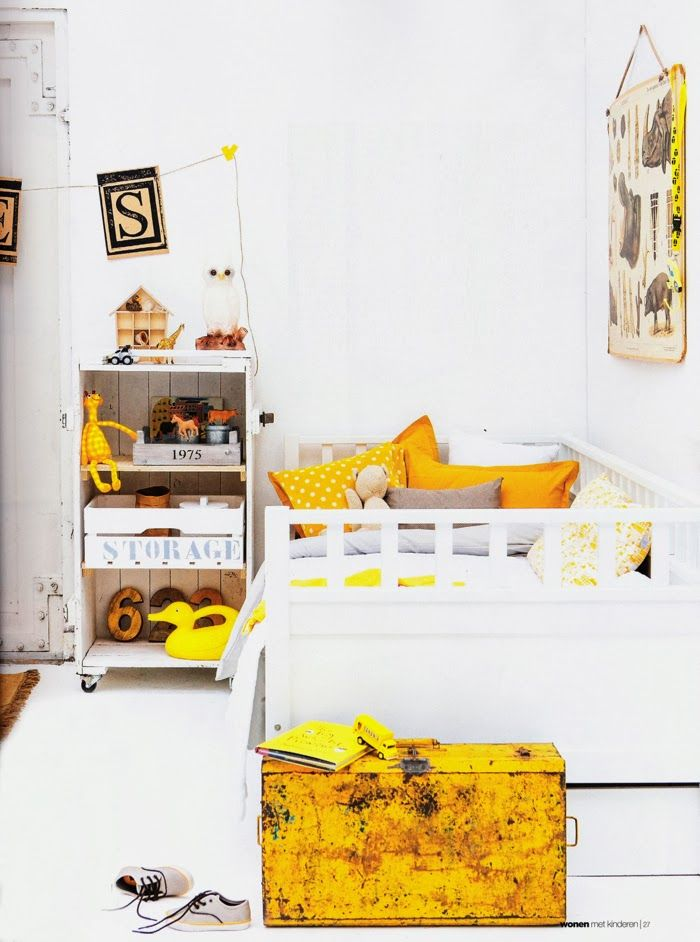 Yellow in boy's room