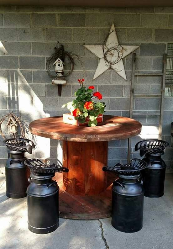 Pleasant 25 Best Ideas About Wooden Spool Tables On Pinterest Diy Cable Largest Home Design Picture Inspirations Pitcheantrous
