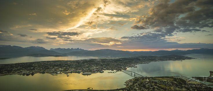 Tromsø Ca. 22:30 - (Norway) by Zoltan Tot on 500px