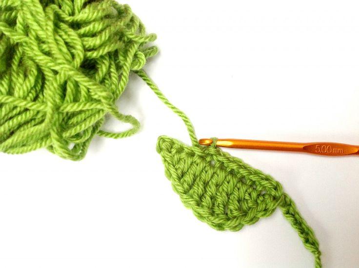 55 best Crochet Tea Cozies images on Pinterest | Ganchillo libre ...
