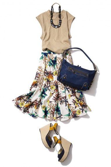 麻素材のフラワープリントスカートで大人な夏の着こなし術| ビストロフラワーズトウキョウ