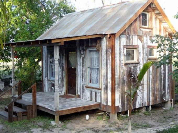 Tiny Reclaimed Wood Cabin In Texas 250 Sq Ft For Sale Tinyhouselistings Rustic Shed Building A Shed Cabins In The Woods