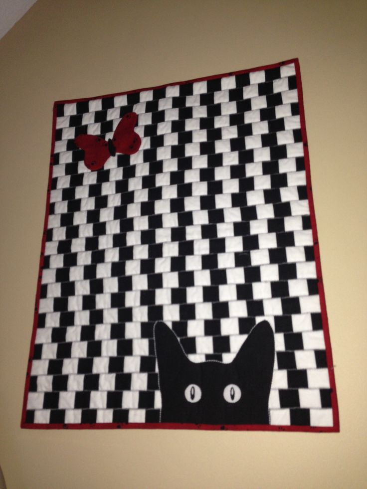 Cat quilt, so different! Like the black and white !