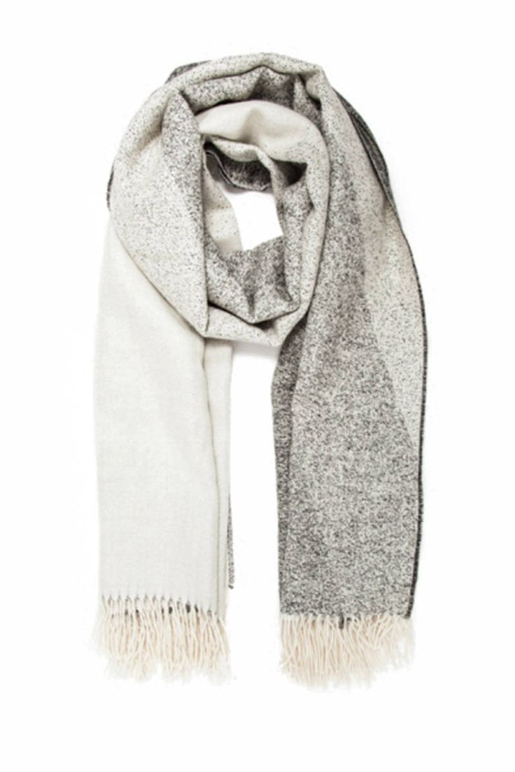 Chunky Knit Scarves For Fall - 21 Best Winter Scarves - Elle