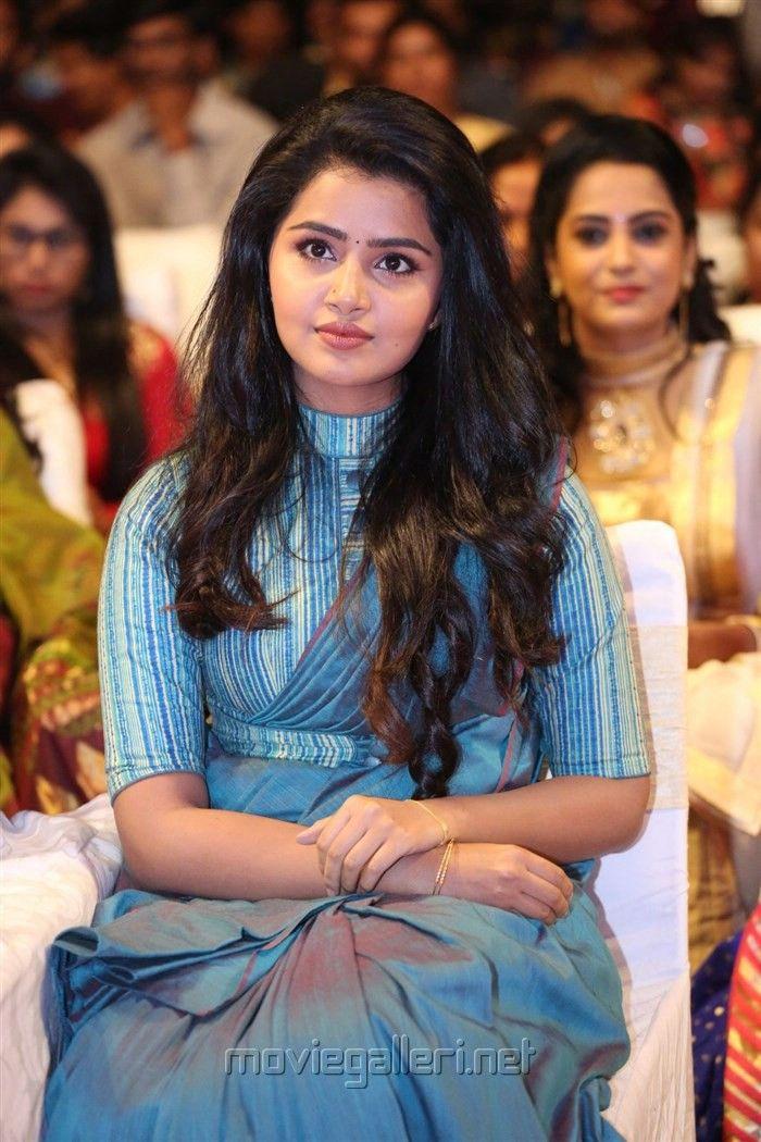 Actress Anupama Parameswaran Images @ Sathamanam Bhavathi Audio Launch