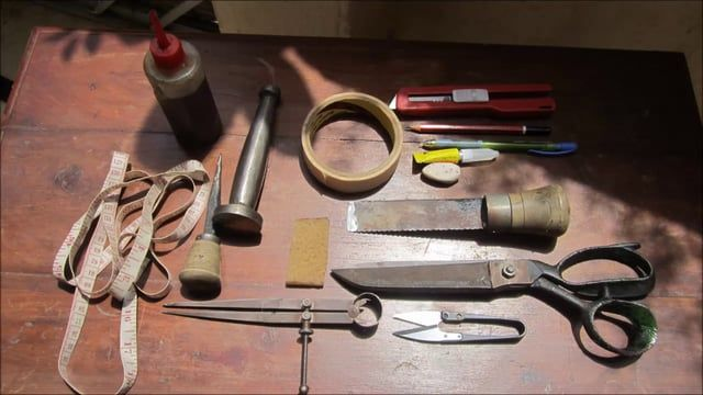 """Each piece crafted at Chiaroscuro is """"Workshop Made"""". This is a practice we are particularly proud of. This means that each creation has been crafted from beginning to very end by a single artisan, in his individual style. No dispassionate assembly line, no disconnect with the complete process. Each artisan works only on one creation at a time, devoting his complete attention, skilled craftsmanship and accumulated knowledge to the process."""