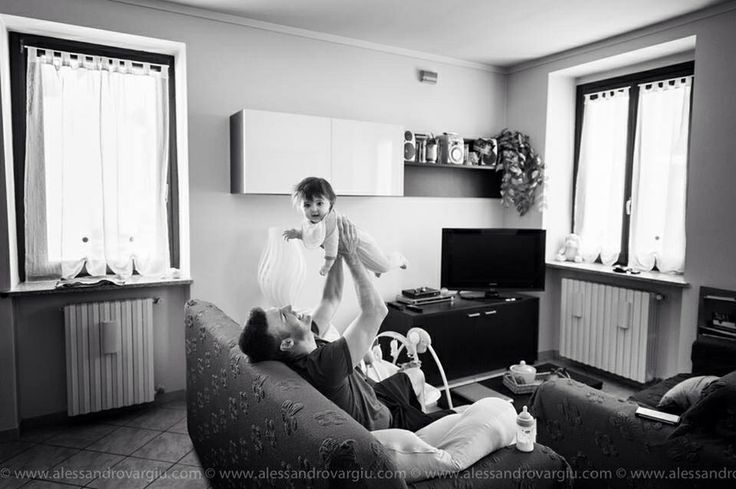 Groom plays with his cute daughter early in the wedding day , Biella, Italy - www.alessandrovargiu.com