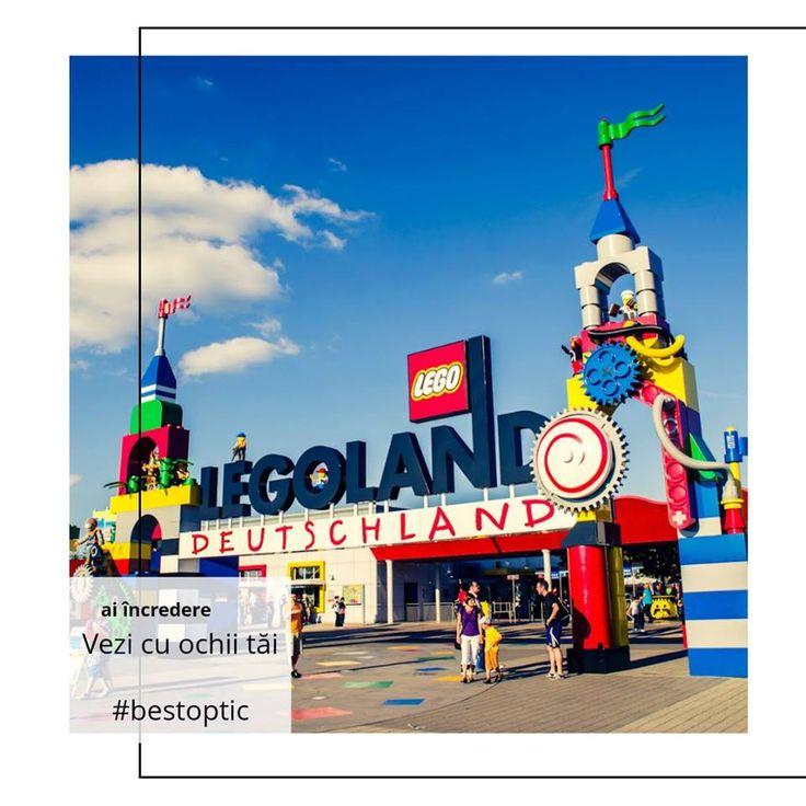 Legoland este cel mai popular parc de distracții pentu familii și copii de toate vârstele. Este împărțit în 10 zone, fiecare având activități destinate pentru cei mici, pentru copii puțin mai mari, dar și pentru întreaga familie. Miniland este inima acestui parc de distracții unde puteți descoperi o lume minunată, în miniatură, construită din aproximativ 20 de milioane de piese Lego.  #bestoptic #vacanta #familie #copii