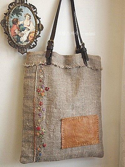 예쁘게 수놓고,여러가지 아이디어를 더하여,좋은 소재로 가방을 만들어보는 작업은 , 저에게 있어서 참으로...