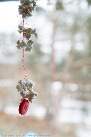 popcorn on a string: With, Homeschool Ideas, Window, Bird Feeders, Advent Calendar, Children, Autism Proof Christmas, Popcorn On A String