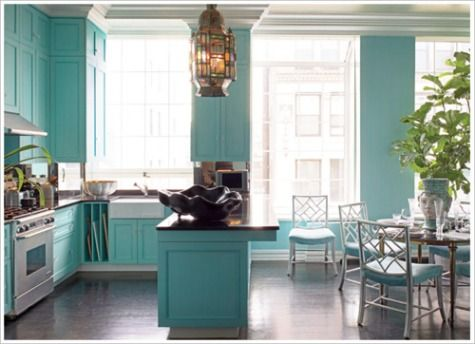 Best 25 turquoise kitchen cabinets ideas on pinterest for Tiffany blue kitchen ideas