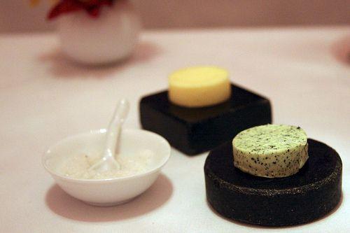 A tartiner sur des toasts grillés, le beurre aux algues c'est l'extase ! http://www.aperibreizh.fr/buffet-chaud/beurre-algues.html