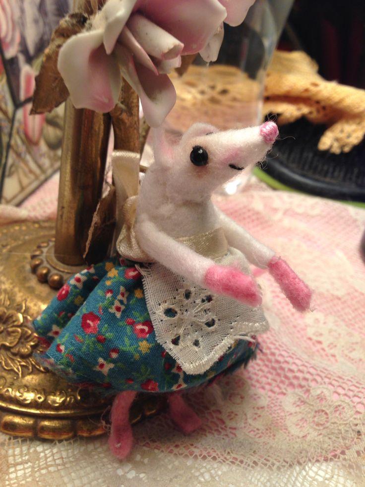 Felt Mouse Andrea Bruce