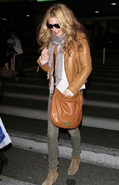 Cat Deeley - Cat Deeley Arriving On A Flight At LAX