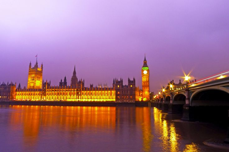 London er en av de dyreste byene man kan reise til, men likevel en av de mest populære. Heldigvis finnes det massevis av muligheter dersom man ønsker å oppleve byen uten å måtte komme hjem med en redusert bankkonto. Nedenfor deler jeg noen av mine budsjettips for å gjøre Londonreisen… Continue reading