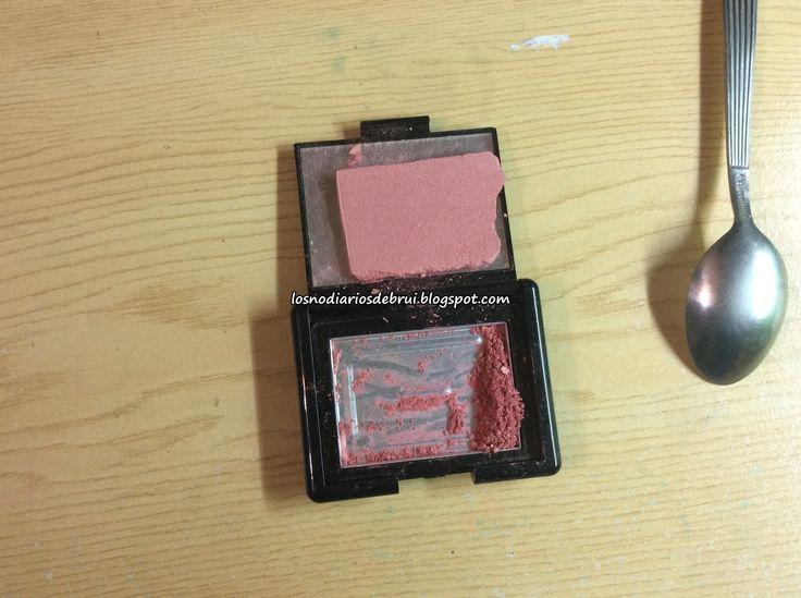 Beatriz Mingol Blog.: Reparar maquillaje roto.