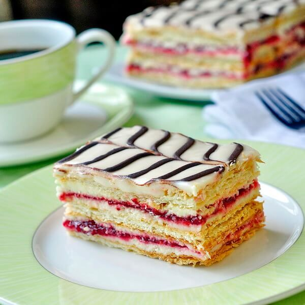 Another of our Canadian snack cake inspired desserts, these raspberry mille feuille use frozen puff pastry are probably much easier than you think to make.