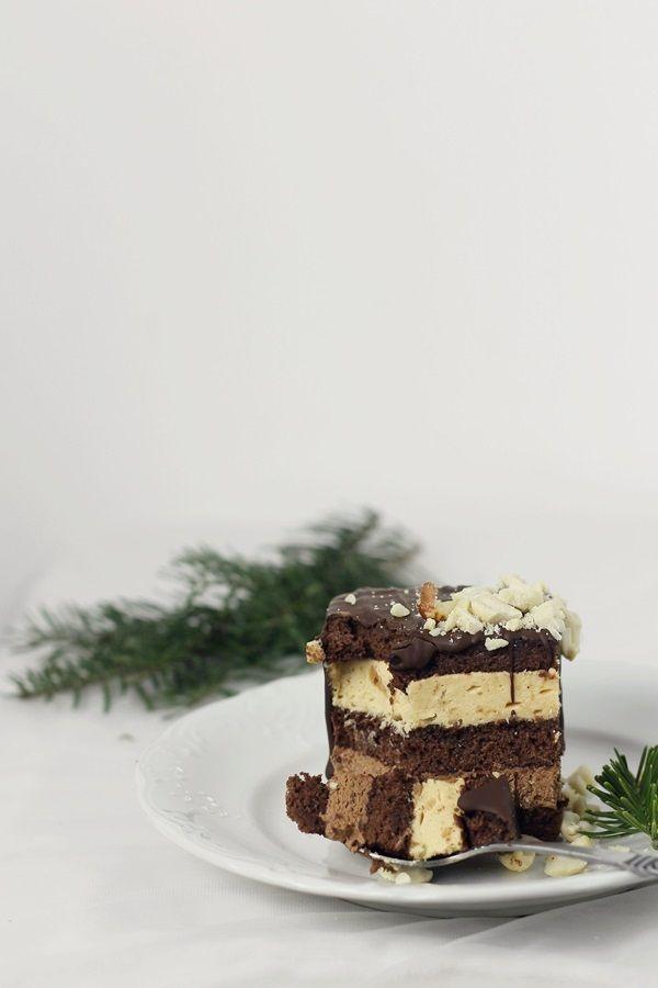 Prajitura cu ciocolata si mousse de caramel
