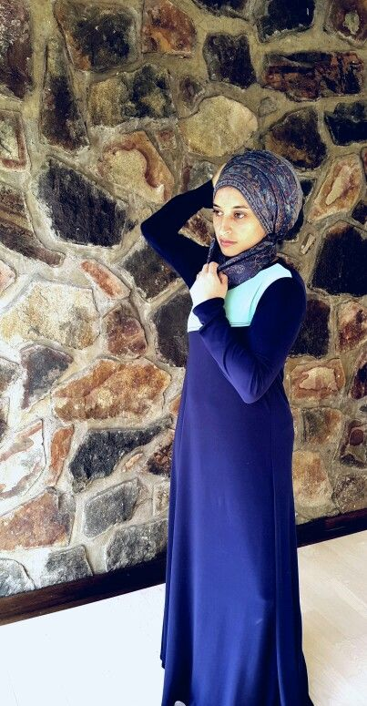 Two tone abaya in Mint and Navy