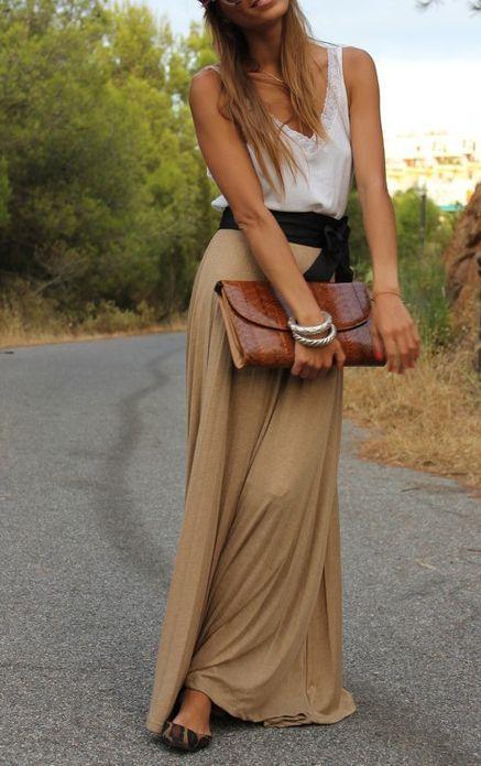 falda larga                                                                                                                                                                                 Más