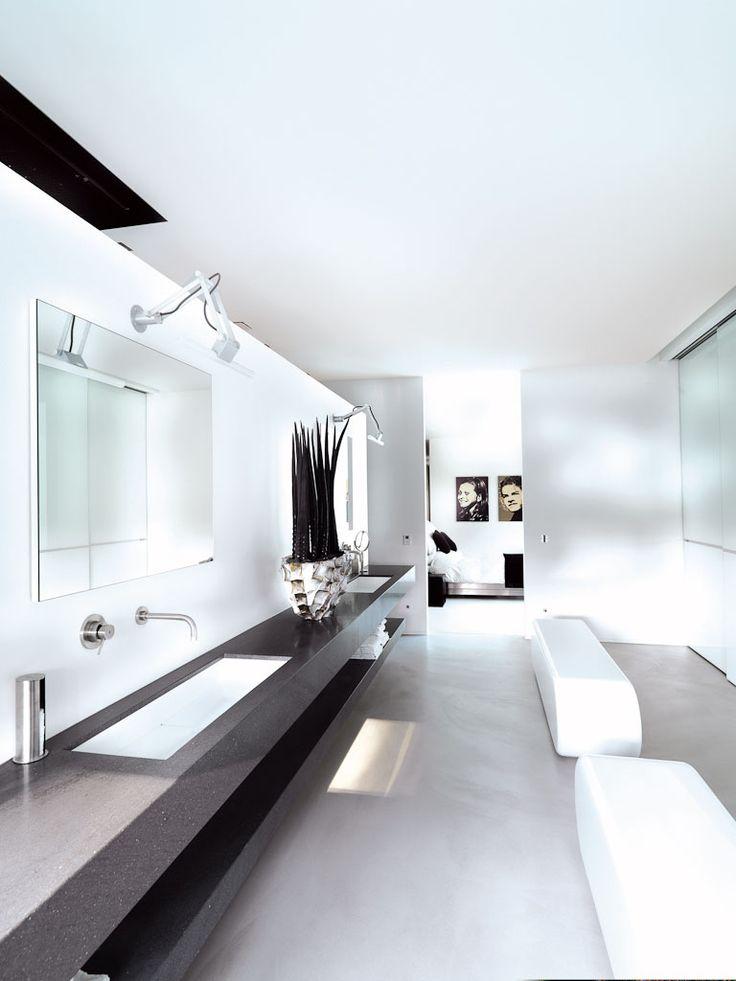 White bathroom - Private residence #modern #nomadlinestra #supermodular