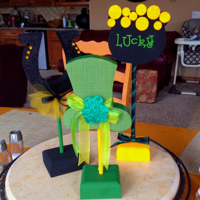 St. Patrick's day wood crafts..: St. Patty