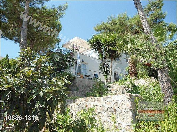 Mugla Bodrum Akyarlarda Ful Denizmanzaralı Villa : Hürriyet Emlak Id : 10886-1816