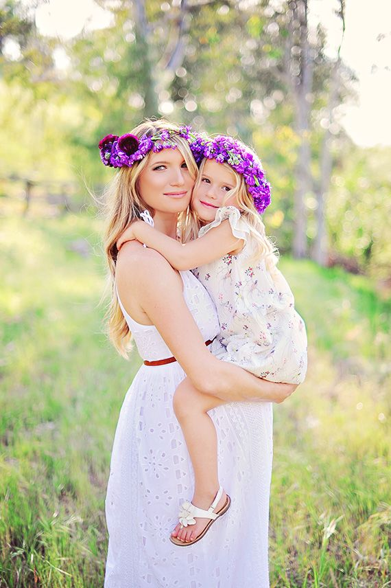 Purple maternity shoot by Arina B Photography | 100 Layer Cakelet. Absolutely adore the floral crowns!