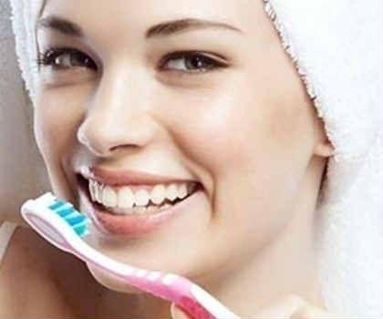 Отбеливание зубов перикисью водорода_и содой