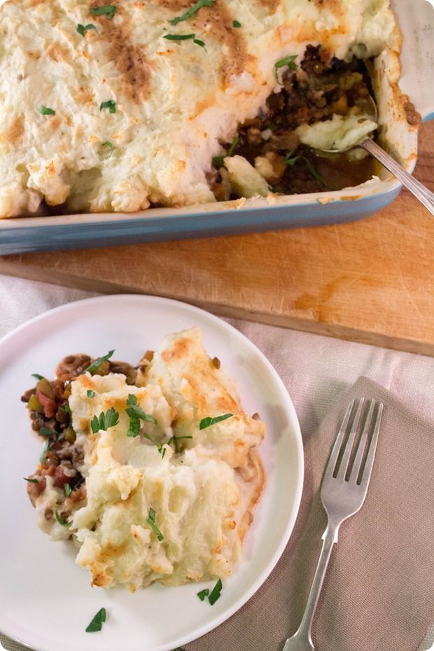 Vegan and Gluten Free Shepherds Pie! Easy to make, healthy, and delicious. Great for groups and St Patrick's Day!