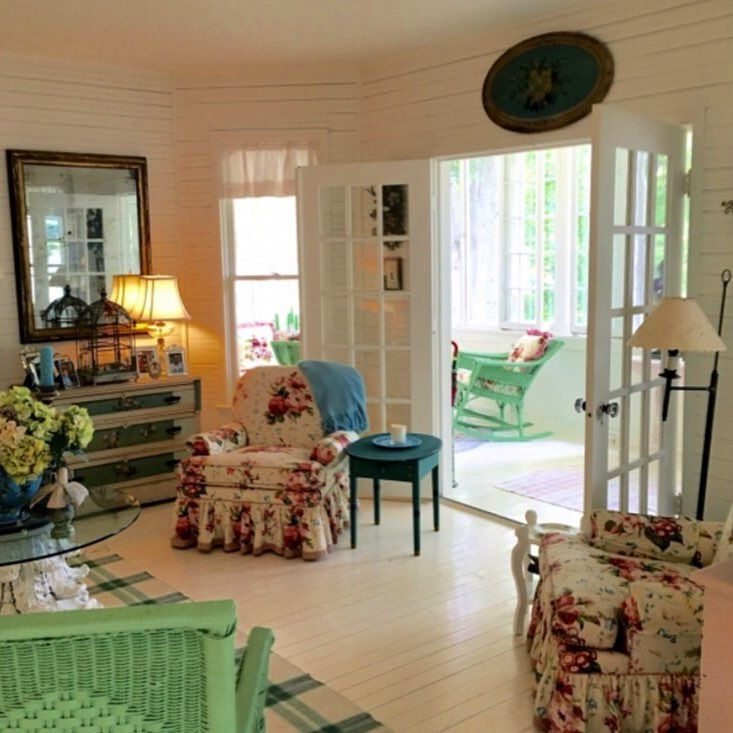 Elegant More Michigan Cottage Goodness Suzy Stout Summer Home Now For Sale bayview countrycharm