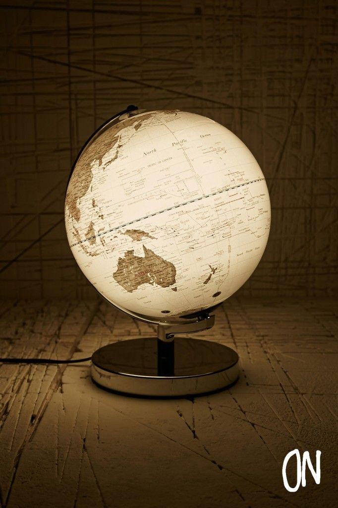 les 25 meilleures id es de la cat gorie globe terrestre sur pinterest globe art globe et. Black Bedroom Furniture Sets. Home Design Ideas