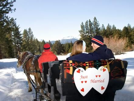 """For a unique fairy-tale wedding, think beyond summertime. From Costa Rica's warm beaches to Sweden's ice hotel, see some of the most romantic places to say """"I do"""" in the winter."""