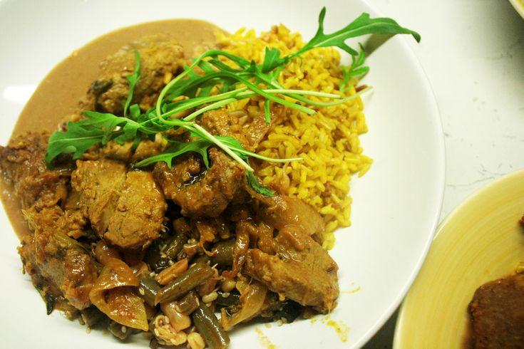 Pork satay with thai spices and peanut sauce