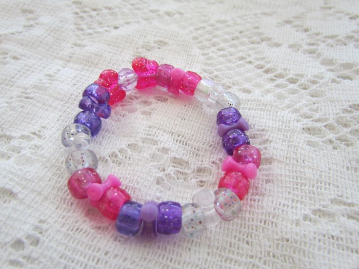 Plastic beaded bracelet, for sale on Etsy: AprilShowersJewelry5