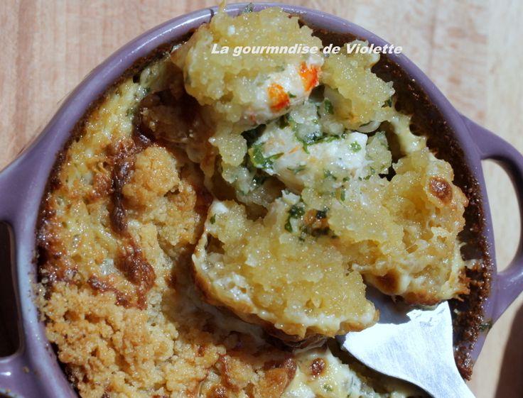 Ingrédients : -100 grammes farine t45- 90 grammes beurre salée- 70 grammes parmesan- 25 moules- 25 crevettes- 1 c. à soupe d'huile d'olive- 1 oignon- 2 c. à soupe crème fraiche- 2 c. à café curry- persil frais- poivre Dans un saladier, mélanger la farine,...
