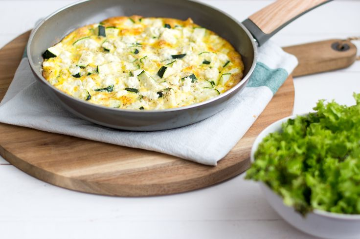 Frittata met courgette & feta | Kokerellen