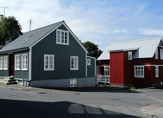 dark green or dark red steel siding for house pinterest