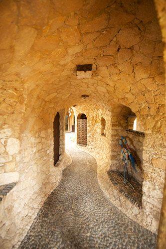 Stone Vaults,Elie Mouyal, Marrakech, Morocco, Africa, Entrée