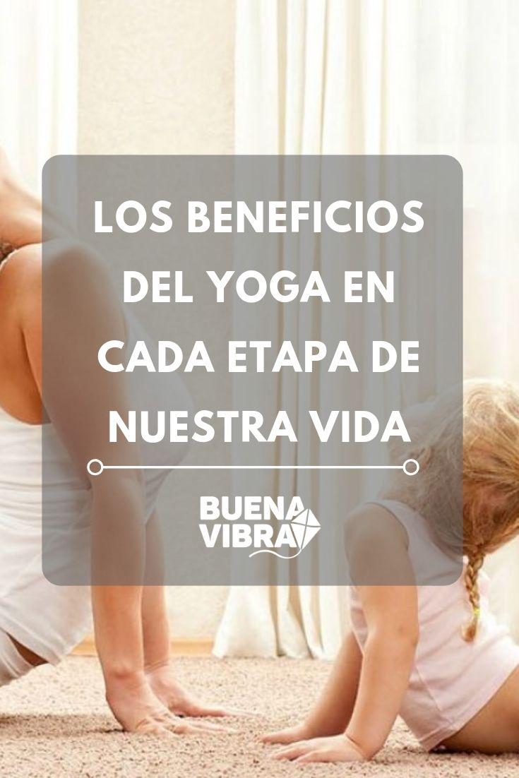 Sea cual sea la edad que tengamos, el yoga puede mejorar nuestra vida. Asana, Pilates, Lettering, Yoga At Home, Fun Activities, Positive Vibes, Pop Pilates, Drawing Letters, Brush Lettering