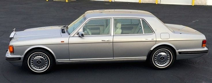 Rolls-Royce Silver Spur Lauderdale edition, with reduced-rear-window. 10 samples produced. Also had a floor shift instead of column shift… typical for the Bentley version, but very unusual for the...