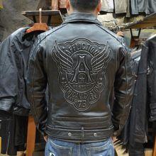 2016 Nuovi uomini Vintage Cowskin Moto Giacca di Pelle Skinny Cinghia Obliqua Della Chiusura Lampo del Cranio Maschile Giacca Biker Modello Cappotti Neri(China (Mainland))