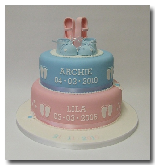 Christening Cake Designs For Twins : 17 Best images about Twins christening cakes. on Pinterest ...