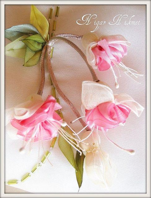 more ribbon flowers