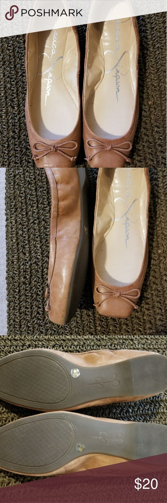Ballet flats Jessica Simpson beige ballet flats. In excellent condition. Very cute with jeans or tights/skirt. Jessica Simpson Shoes Flats & Loafers