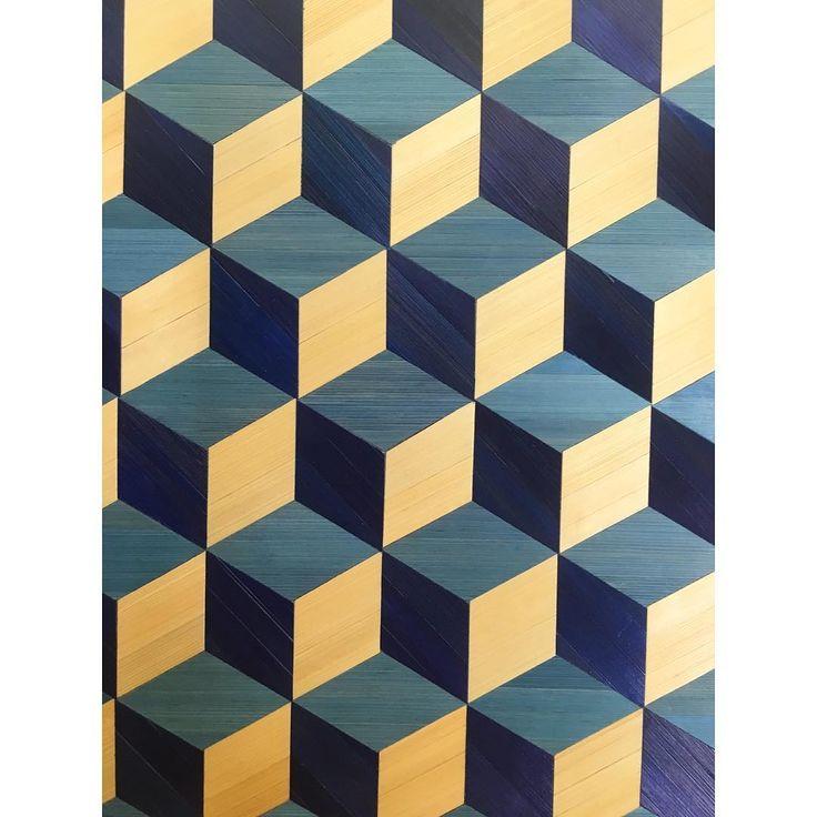 """134 """"Μου αρέσει!"""", 7 σχόλια - Lison de Caunes (@lisondecaunes) στο Instagram: """"Cubes sans fond en marqueterie de paille réalisé dans nos ateliers ▪️ Pattern in straw marquetry…"""""""