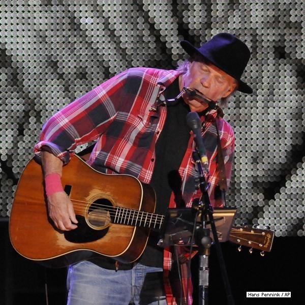 Neil Young será novamente homenageado pela Academia em janeiro: http://rollingstone.uol.com.br/noticia/neil-young-sera-novamente-homenageado-pela-academia-em-janeiro/ …