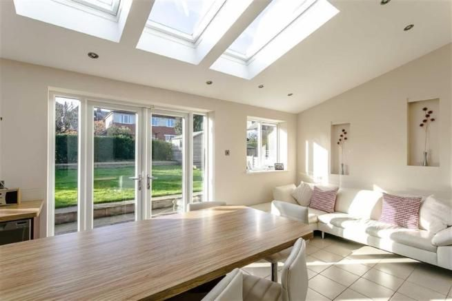 3 bedroom semi-detached house for sale in Park Avenue South, Harrogate, North Yorkshire - Rightmove | Photos