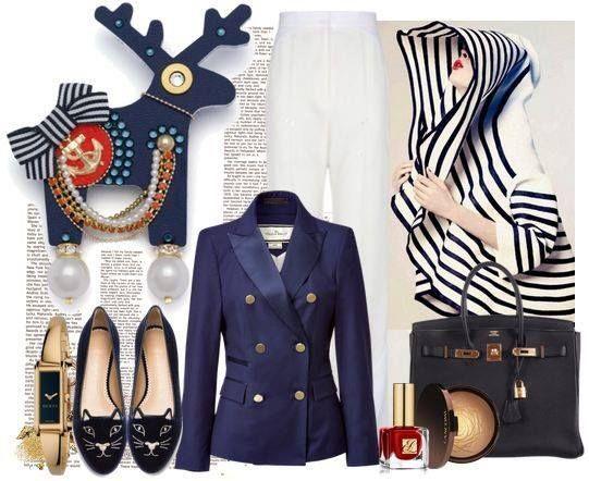 Marseilléna se oblékla do klasické NAVY koženky a dozdobila se řetízky. I když trochu nestandardní, stále je to námořnice tělem i duší:-)